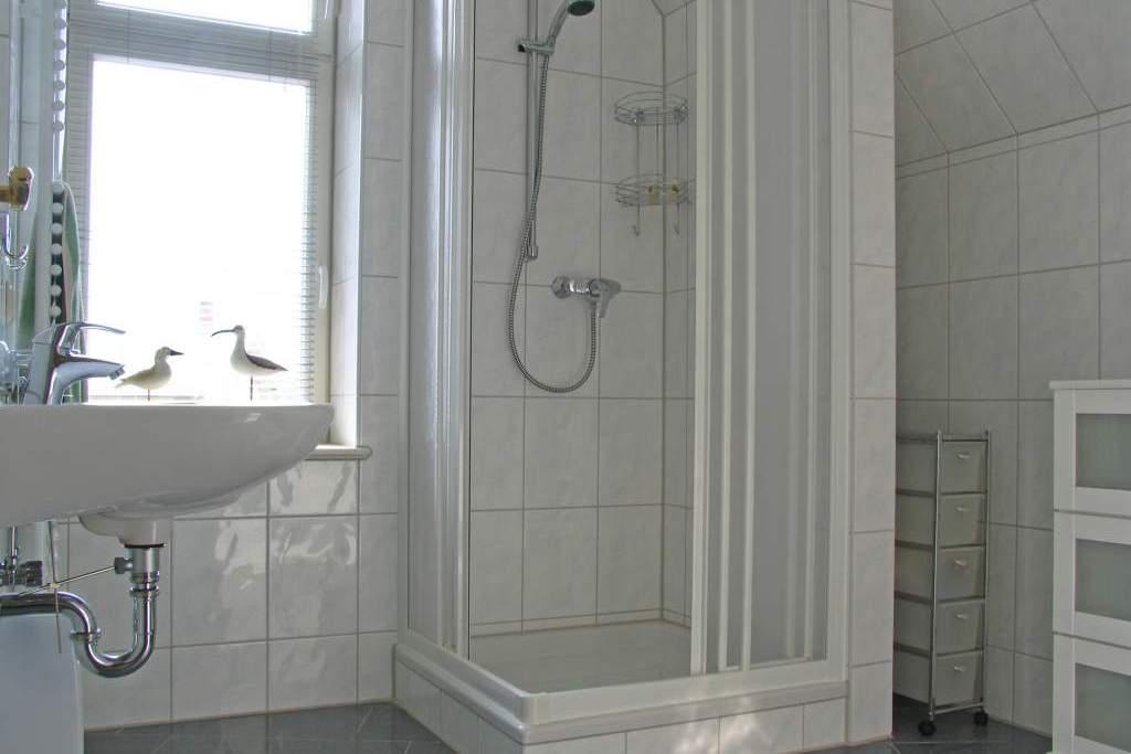haus auf dem h gel die klassische 06 ferienwohnung in heringsdorf seebad mit sauna balkon. Black Bedroom Furniture Sets. Home Design Ideas
