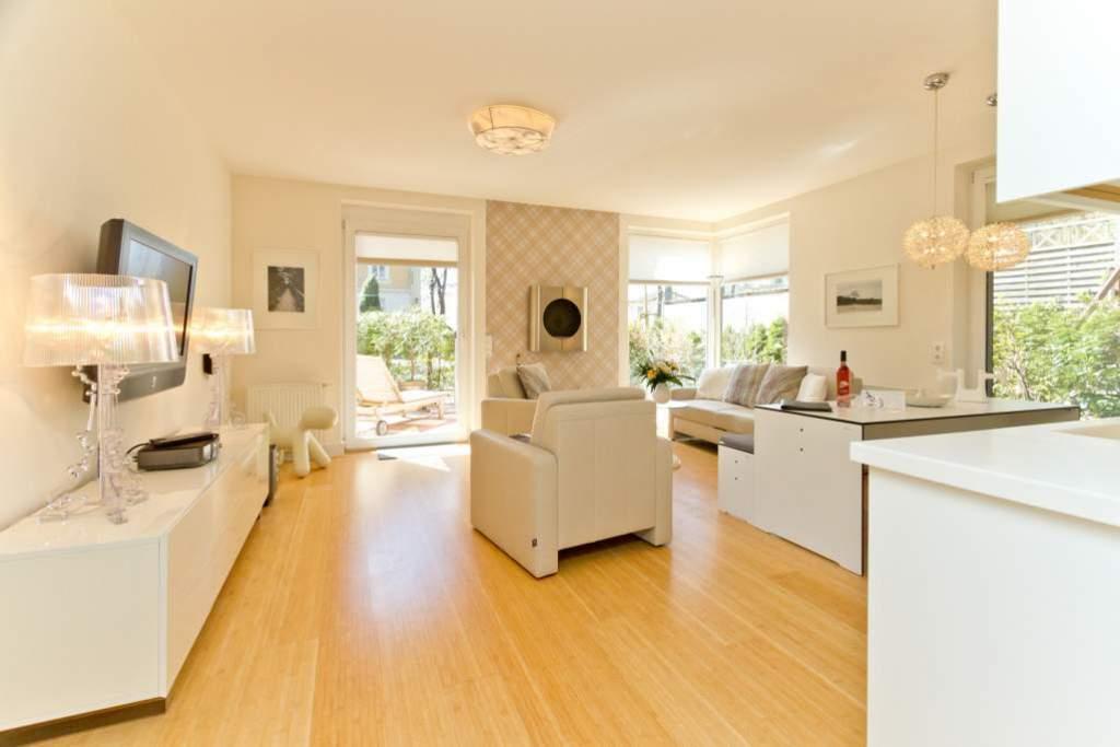 haus auf dem h gel die moderne 10 ferienwohnung in heringsdorf seebad usedomtravel. Black Bedroom Furniture Sets. Home Design Ideas